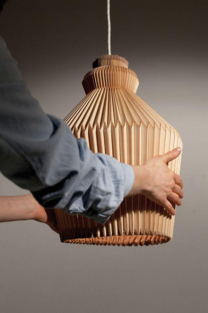 Cветильник Accordion Lamp, дизайнер Элиза Строцик (Elisa Strozyk)