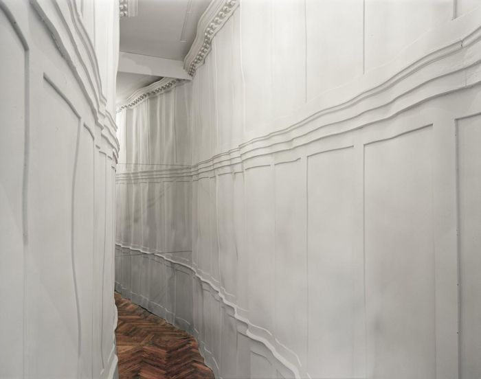 Инсталляция «Le Cercle Fermé», художники Жан Башамей (Jean Bechameil) и Мартина Фейпель (Martine Feipel)
